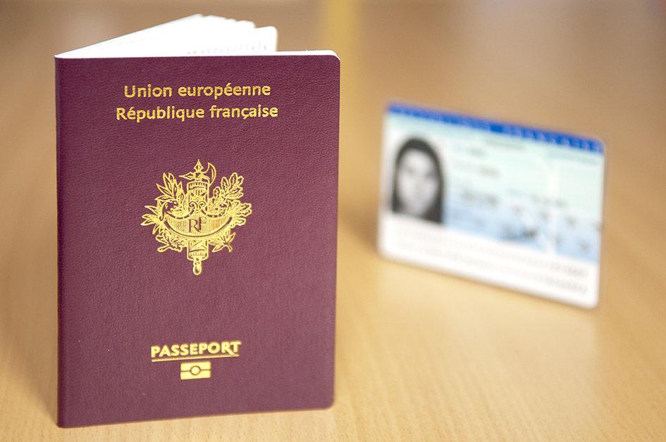Deposer Une Demande De Carte Nationale D Identite Frankreich In